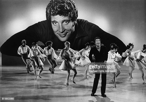 """Welsh singer Tom Jones performs on the 1969-1971 television variety show """"This Is Tom Jones"""" circa 1970 in Los Angeles, California."""