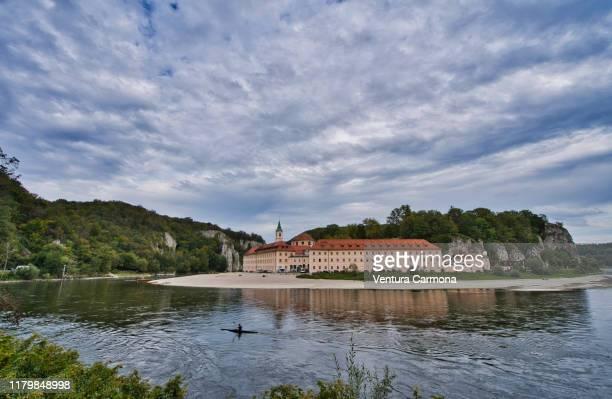 weltenburg abbey (kloster weltenburg), germany - abbazia foto e immagini stock