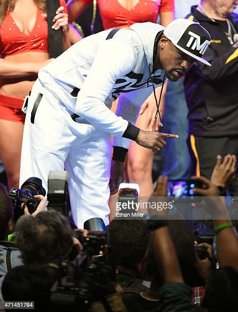 Welterweight champion Floyd Mayweather Jr. Poses as he arrives at MGM Grand Garden Arena on April 28, 2015 in Las Vegas, Nevada. Mayweather will face...