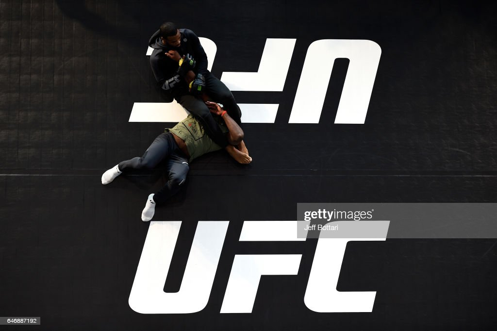UFC 209: Open Workouts