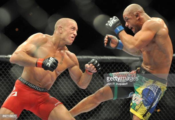 Welterweight fighters Georges StPierre battles Thiago Alves during their Welterweight title bout at UFC 100 the Mandalay Bay Hotel and Casino on July...