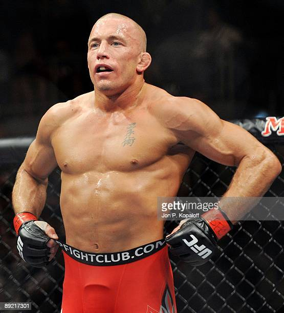 Welterweight Georges StPierre waits to start the second round against Thiago Alves during their Welterweight title bout at UFC 100 the Mandalay Bay...
