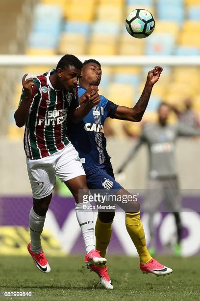 Wendel of Fluminense struggles for the ball with Bruno Henrique of Santos during a match between Fluminense and Santos as part of Brasileirao Series...