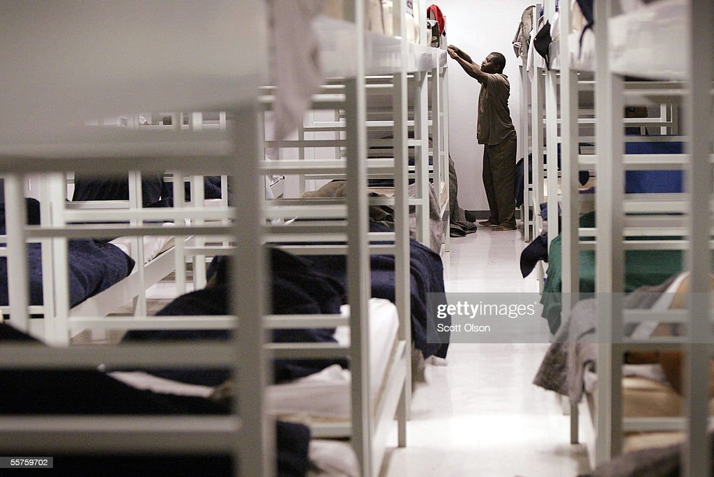 Wendell Johnson Readies His Bed At The Salvation Army Shelter News Photo Getty Images