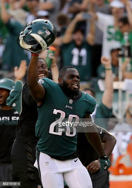 Wendell Smallwood of the Philadelphia Eagles celebrates the win over the New York Giants on September 24, 2017 at Lincoln Financial Field in...