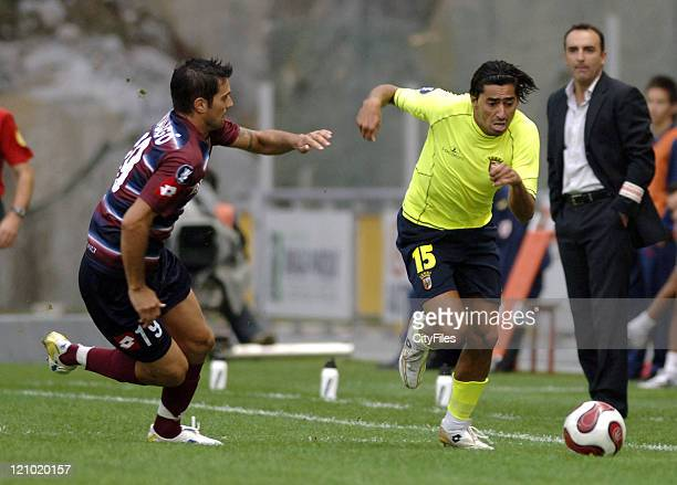 Wender and Marco Malago during the first leg of a UEFA Cup group stage match between SC Braga and Chievo Verona in Braga, Portugal on September 14,...