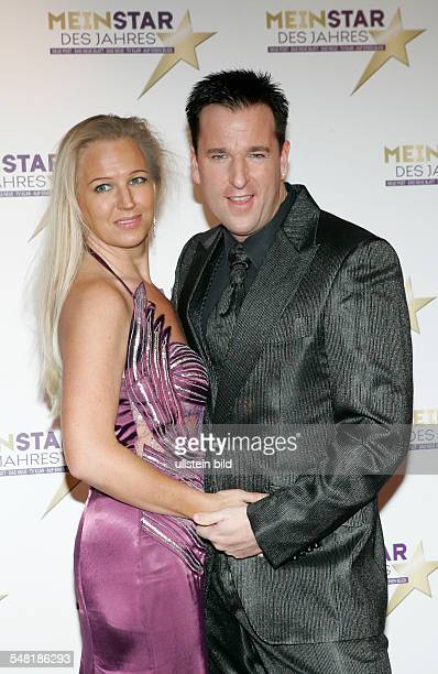 Wendler Michael Musician Singer Pop Music Germany with wife Claudia at 'Mein Star des Jahres 2010' in Hamburg Germany