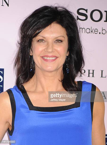 """Wendy Crewson arrives at """"The Vow"""" Los Angeles Premiere at Grauman's Chinese Theatre on February 6, 2012 in Hollywood, California."""