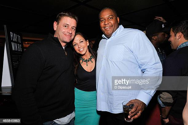 Wendy Diamond and guests attend the Airbnb Super Suite at Roc Nation Sports Airbnb's Welcome To New York event at 40 / 40 Club on January 29 2014 in...