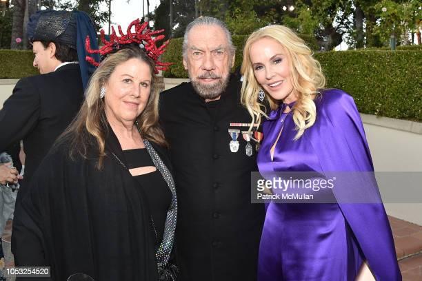 Wendy Stark John Paul DeJoria and Eloise DeJoria attend Hearst Castle Preservation Foundation Hollywood Royalty Dinner at Hearst Castle on September...