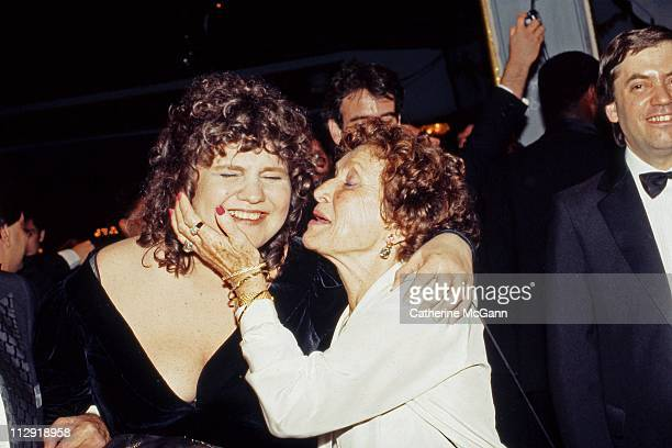 Wendy Wasserstein gets a kiss from her mother at the 43rd Annual Tony Awards on June 4 1989 at the LuntFontanne Theater in New York City New York