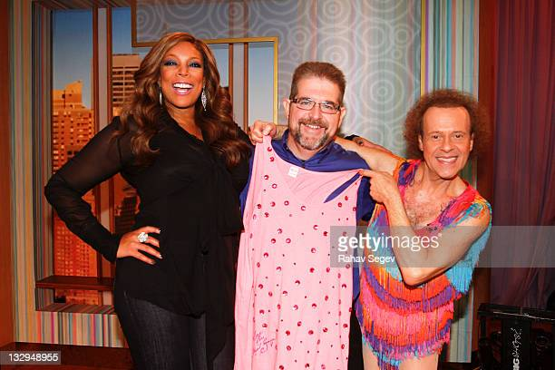 Wendy Williams Joe Mitchell of Biggest Loser and Richard Simmons visit The Wendy Williams Show at The Wendy Williams Show Studio on November 15 2011...