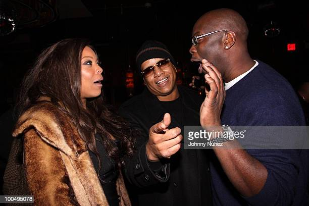 Wendy Williams Kevin Hunter and Mike Kyser attend Sari Baez's Birthday celebration at Marquee on November 30 2009 in New York City