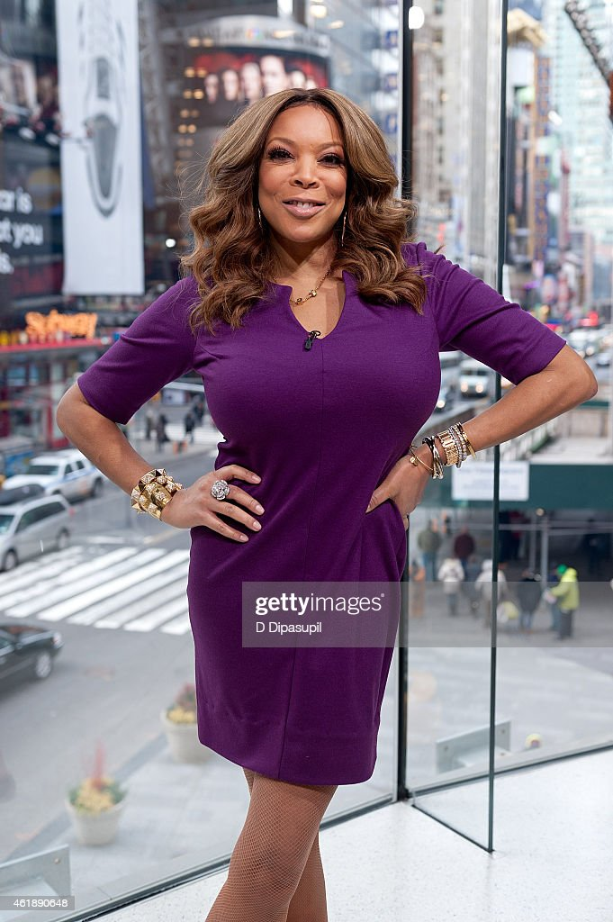 "Wendy Williams Visits ""Extra"""