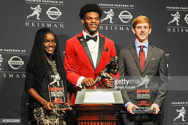 Wendy's Heisman National Winners posed with 2016 Heisman Trophy Winner Lamar Jackson after the 82nd Heisman Memorial Trophy presentation on December...