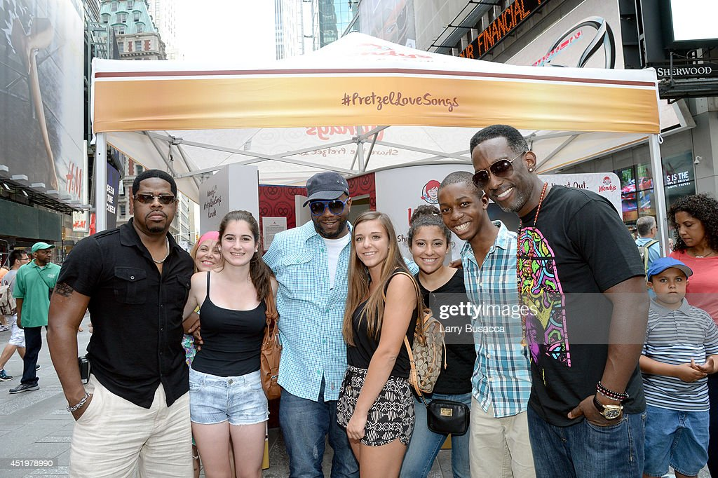 Wendys hosted a #PretzelLoveSongs karaoke booth in Times Square with