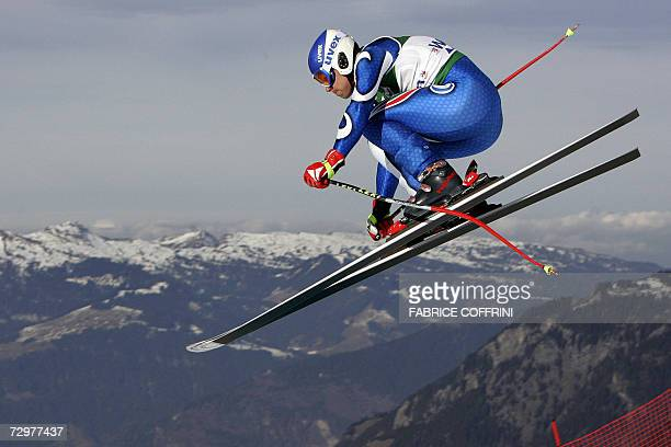 Roland Fischnaller of Italy is airborn over the Russi jump during the Lauberhorn men's ski World Cup downhill practice 11 January 2007 in Wengen...