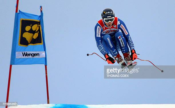 Switzerland's Marc Berthod jumps during the downhill of the World Cup Alpine Skiing Super Combination race in Wengen 14 January 2007 AFP PHOTO THOMAS...