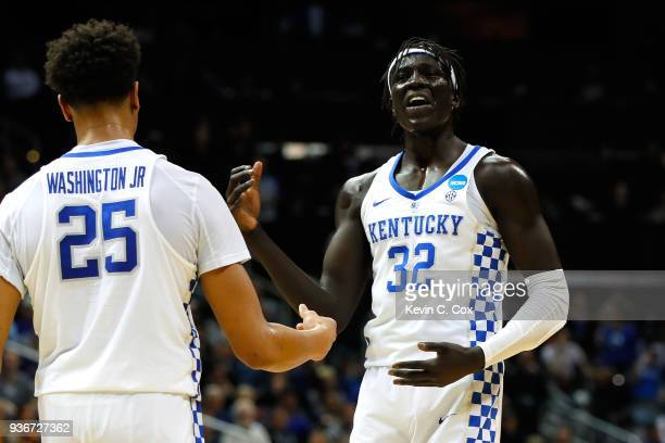 Wenyen Gabriel of the Kentucky Wildcats reacts after a play in the first half against the Kansas State Wildcats during the 2018 NCAA Men's Basketball...