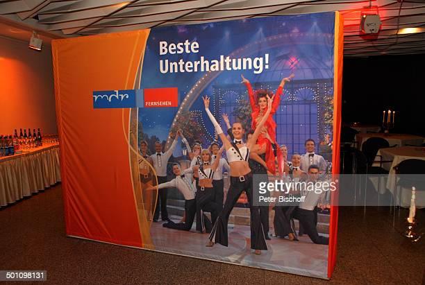 Werbeplakat vom 'MDR Deutsches Fernsehballett' ARD/ORFMusikshow 'Krone der Volksmusik' 'Stadthalle' Chemnitz Sachsen Deutschland Europa...
