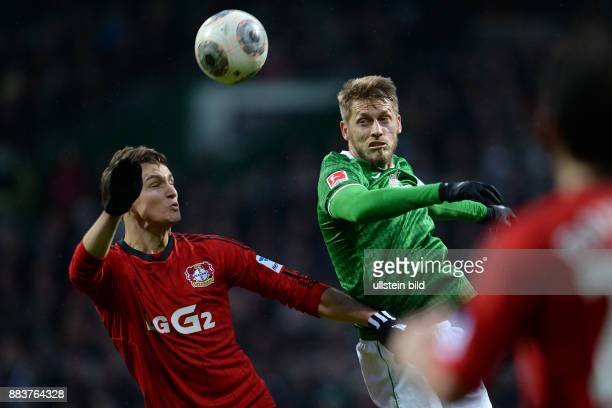FUSSBALL 1 BUNDESLIGA SAISON SV Werder Bremen Bayer 04 Leverkusen Philipp Wollscheid gegen Aaron Hunt