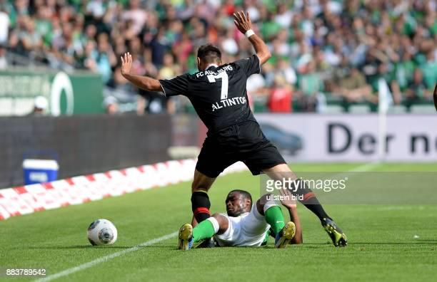 FUSSBALL 1 BUNDESLIGA SAISON SV Werder Bremen FC Augsburg Halil Altintop GEGEN Cedrick Makiadi