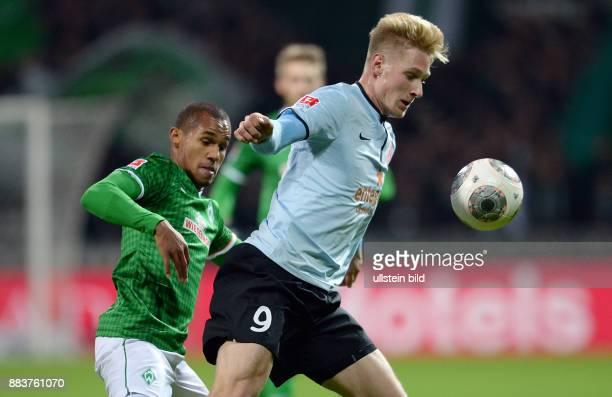 FUSSBALL 1 BUNDESLIGA SAISON SV Werder Bremen FSV Mainz 05 Theodor Gebre Selassie gegen Sebastian Polter