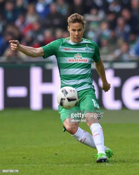 FUSSBALL 1 BUNDESLIGA 31 SPIELTAG SAISON SV Werder Bremen Hertha BSC Berlin Niklas Moisander