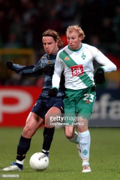 Werder Bremen's Ludovic Magnin and Inter Milan's Andy van der Meyde