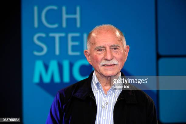 Werner Hansch und Oliver Welke waren die Überraschunsgäste bei Oliver Kahn als Gast bei Sandra Maischbergers Sendung 'Ich stelle mich' am 30 Mai 2017...