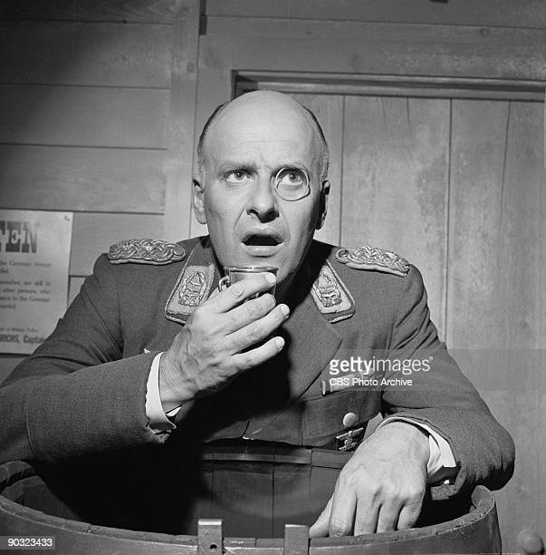 HEROES Werner Klemperer as Col Wilhelm Klink in Go Light On the Heavy Water an episode from the CBS television comedy series 'Hogan's Heroes' August...