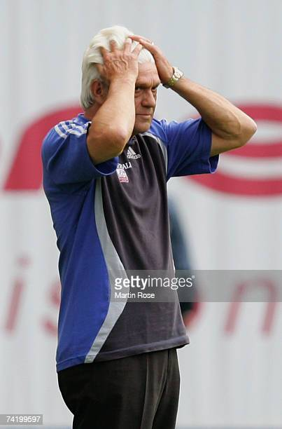 Werner Lorant headcoach of Unterhaching looks dejected during the Second Bundesliga match between Hansa Rostock and Spvgg Unterhaching at the Ostsee...