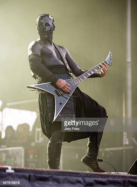 Wes Borland of Limp Bizkit performs live onstage during the 2014 Louder Than Life Festival at Champions Park on October 4 2014 in Louisville Kentucky