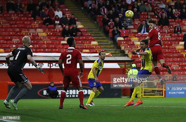 Wes Burns of Aberdeen scores during the UEFA Europa league second qualifying round first leg match between Aberdeen and Ventspils at Pittodrie...