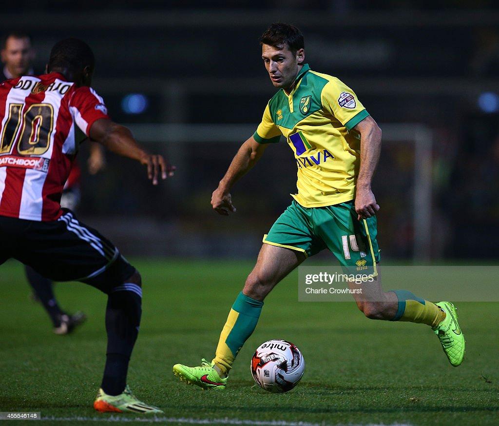 Brentford v Norwich City - Sky Bet Championship : News Photo