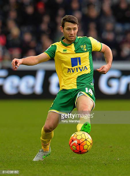 Wes Hoolahan of Norwich City during the Barclays Premier League match between Swansea City and Norwich City at Liberty Stadium on March 5 2016 in...