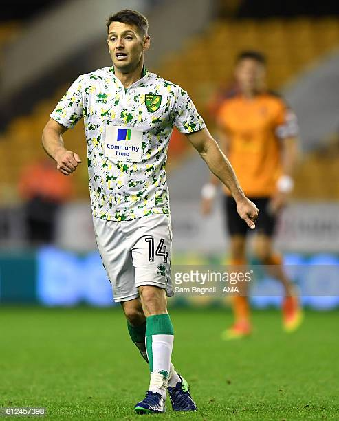 Wes Hoolahan of Norwich City during the Sky Bet Championship match between Wolverhampton Wanderers and Norwich City at Molineux on October 1 2016 in...