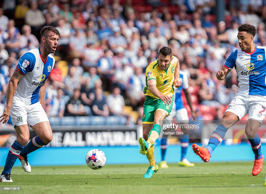 Wes Hoolahan of Norwich scores the second goal during the Sky Bet Championship match between Blackburn Rovers and Norwich City at Ewood park on August 6, 2016 in Blackburn, England.