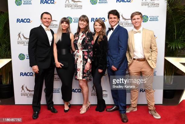 Wes Mannion and partner Dominique Franks pose for a photo with Terri Irwin, Bindi Irwin, Chandler Powell and Robert Irwin at the annual Steve Irwin...