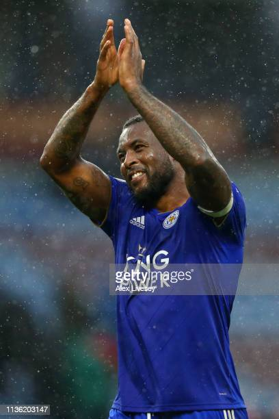 Wes Morgan of Leicester City acknowledges the fans following the Premier League match between Burnley FC and Leicester City at Turf Moor on March 16...