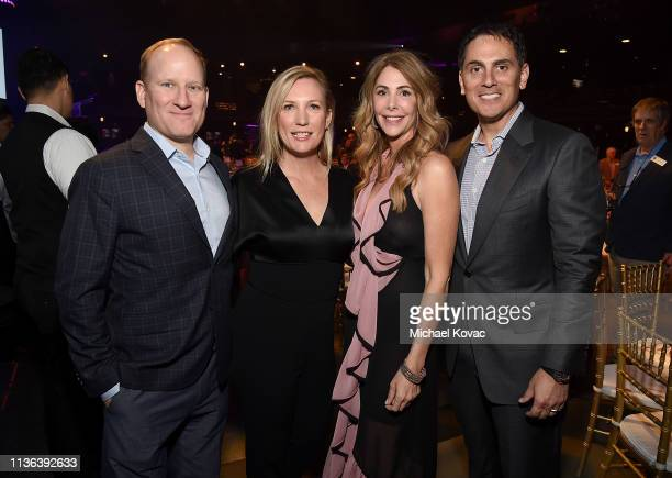 Wes Sechrest Chief Scientist and CEO Global Wildlife Conservation gala cochairs Julie Jumonville Kelly Green and Brian Sheth CoFounder and President...