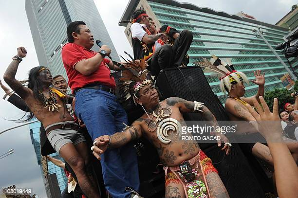 Wesk Kalimantan Governor Cornelius leads a protest by members of the indeginous Dayak tribe in Jakarta on January 12 2011 The group denounces an...