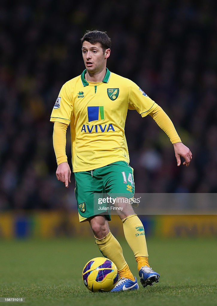 Wesley Hoolahan of Norwich City in action during the Barclays Premier League match between Norwich City and Chelsea at Carrow Road on December 26, 2012 in Norwich, England.