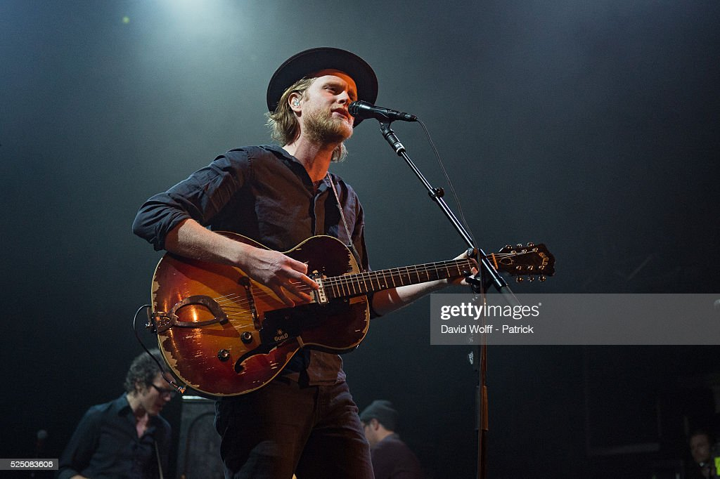 The Lumineers Perform At Le Trianon : News Photo