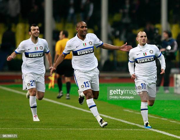 Wesley Sneijder and Maicon of FC Internazionale Milano celebrate after Sneijder scored a goal during the UEFA Champions League Quarter Finals, Second...
