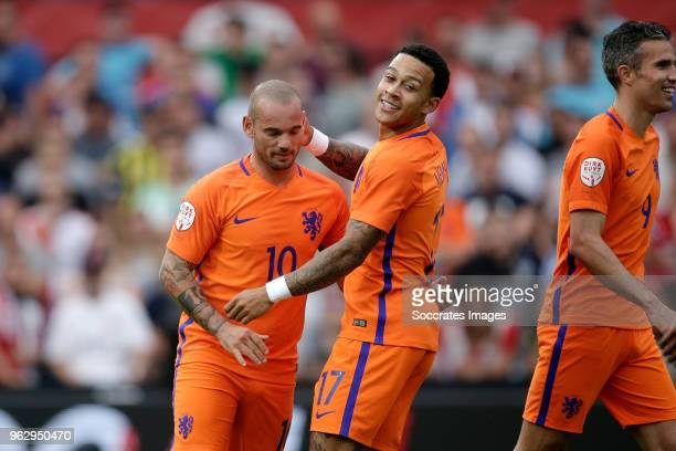 Wesley Sneijder Memphis Depay during the Dirk Kuyt Testimonial at the Feyenoord Stadium on May 27 2018 in Rotterdam Netherlands