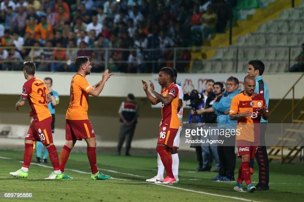 Wesley Sneijder of Galatasaray substitutes with Josue Pesqueira while Garry Mendes Rodrigues also comes into play during the Turkish Spor Toto Super...