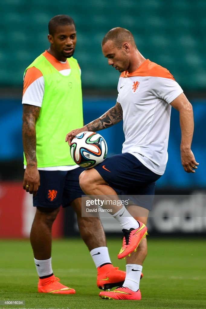 Wesley Sneijder of Netherlands juggles tha ball during the Netherlands training session before the 2014 FIFA Word Cup Group B match between Spain and Netherlands at the Arena Fonte Nova on June 12, 2014 in Salvador, Brazil.