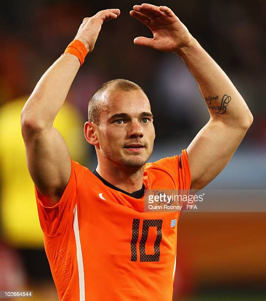 Wesley Sneijder of the Netherlands celebrates after the 2010 FIFA World Cup South Africa Semi Final match between Uruguay and the Netherlands at...