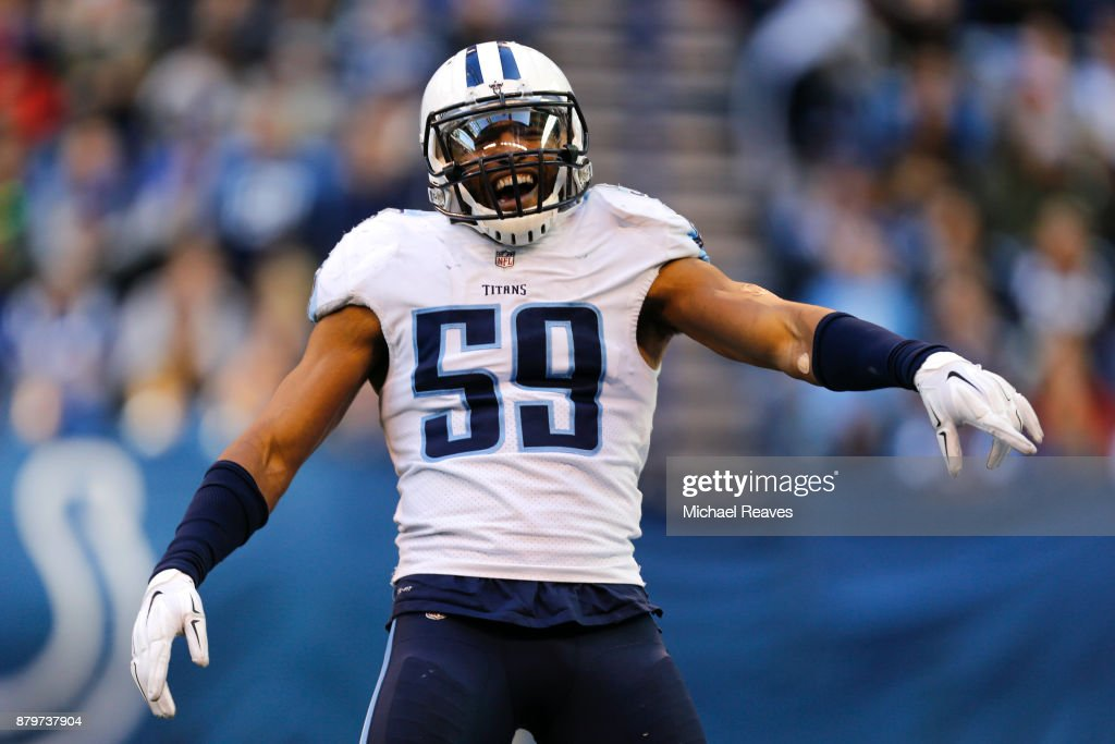 Wesley Woodyard #59 of the Tennessee Titans celebrates after a fumble recovery against the Indianapolis Colts at Lucas Oil Stadium on November 26, 2017 in Indianapolis, Indiana.